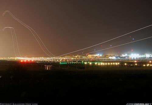Airliner_Takeoff_03.jpg