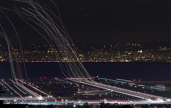 Airliner_Takeoff_04.jpg