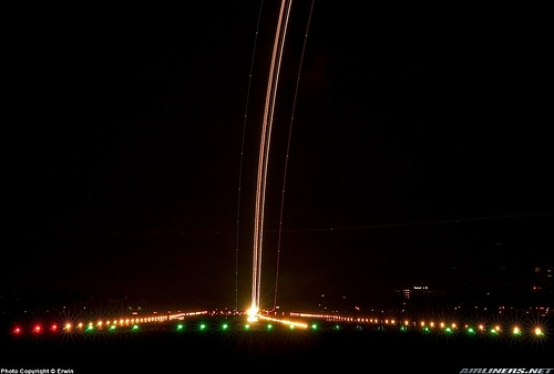 Airliner_Takeoff_10.jpg