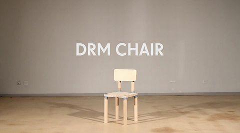 DRM_CHAIR.jpg