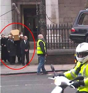 Funeral_Parking_zoom.jpg