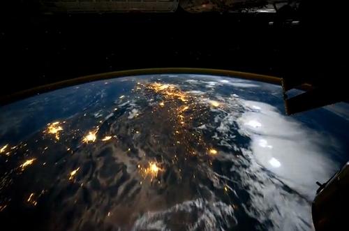 ISS_timelapse.jpg