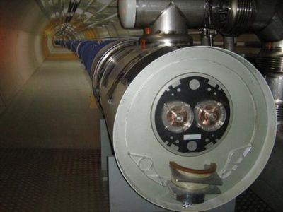LHC_smile_03.jpg