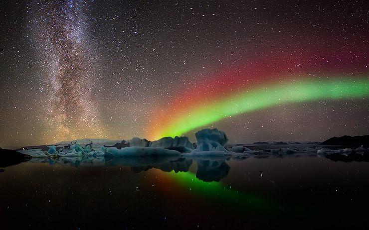 Milkyway_Aurora_Panorama.jpg