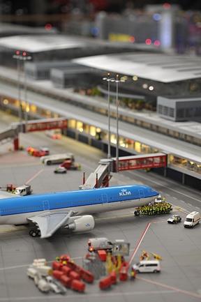 amazing_model_airport_03.jpg