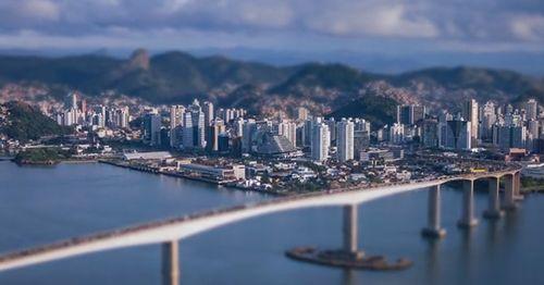 Pequena_Grande_Vitoria.jpg