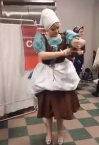 Amazing_Cinderella_costume.png