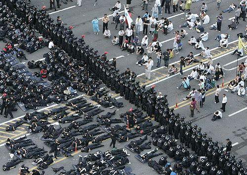 behind_police.jpg