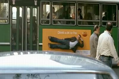 bus_ad.jpg