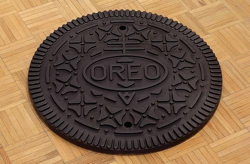 oreo_manhole.jpg
