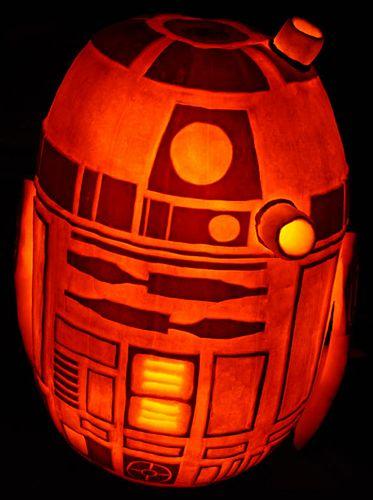 r2d2_pumpkin_02.jpg