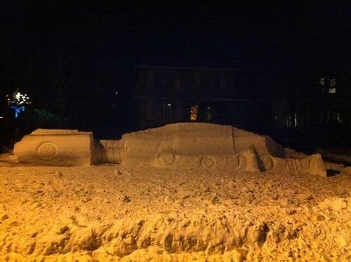 snow_at_at_night.jpg