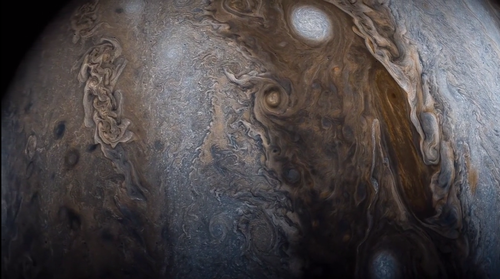 Latest_view_of_Jupiter.png