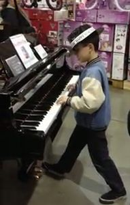 lost_child_in_costco_plays_piano.jpg
