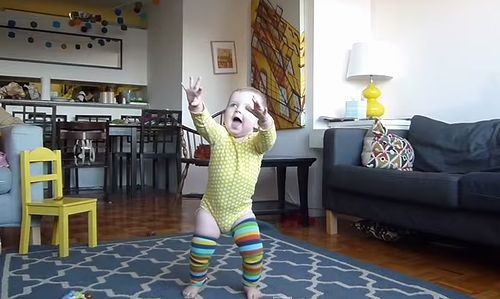 Time-Lapse_of_Baby_Learning_to_Walk.jpg