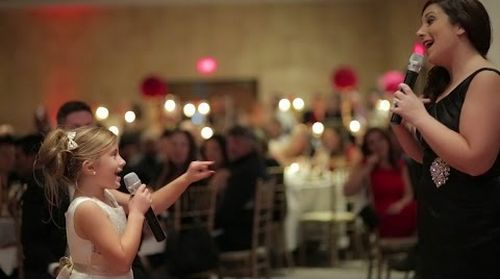 Adorable_Flower_Girl_Performs.jpg