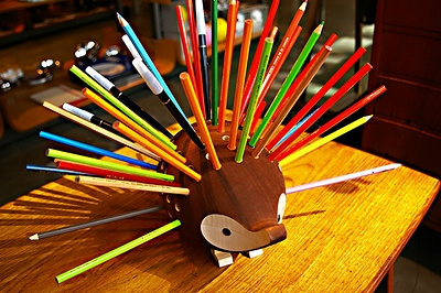 hedgehog_pencil_stand_07.jpg