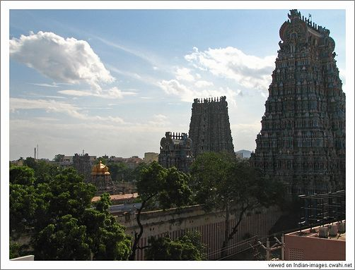 roof view of Meenakshi Temple.jpg