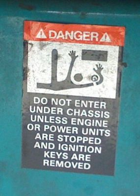 safety_sign10.jpg