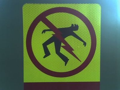 safety_sign7.jpg